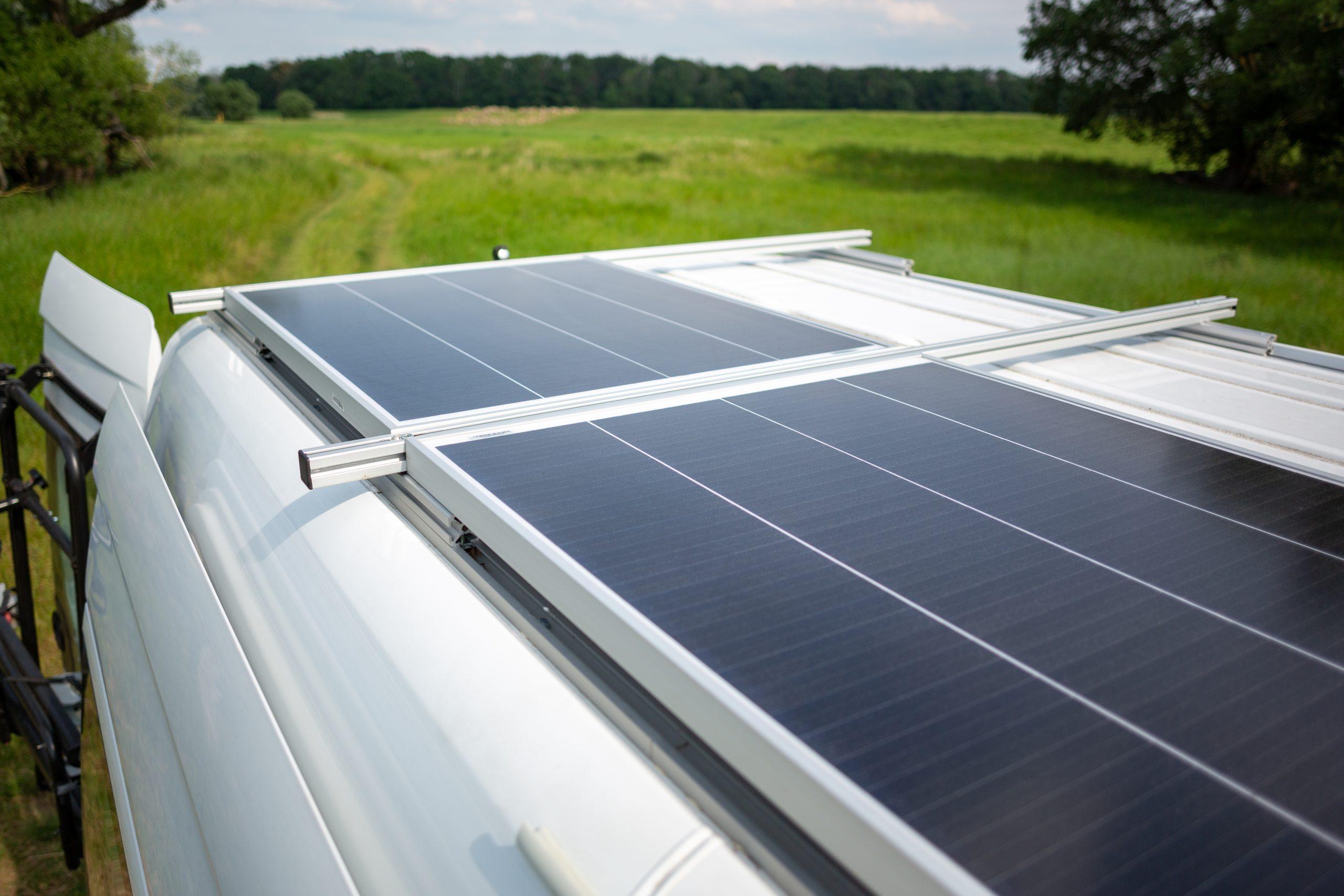 Panneaux_solaires_pour_van_LuxVan